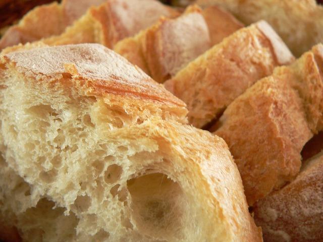 bread-177155_640
